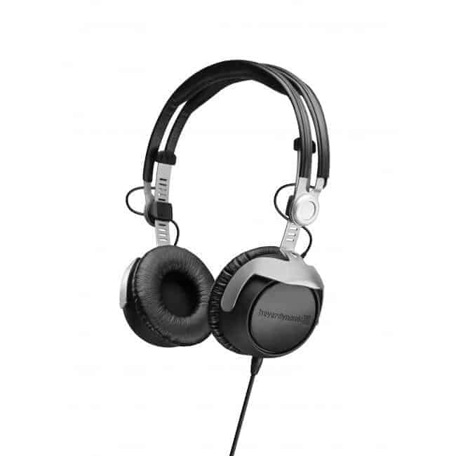 Beyerdynamic Headphones DT 1350 looking at the front left angle