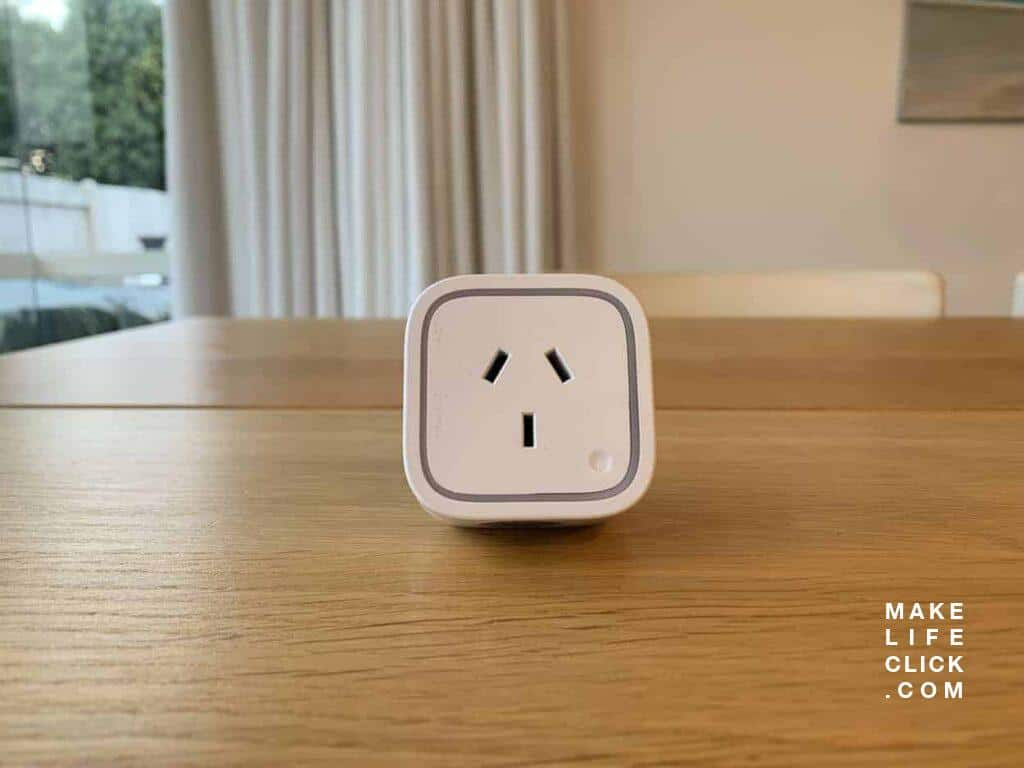 Aeotec Smart Plug Front on View