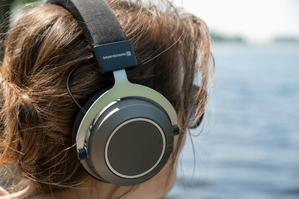 Closed-Back Headphones on a ladies head from the side